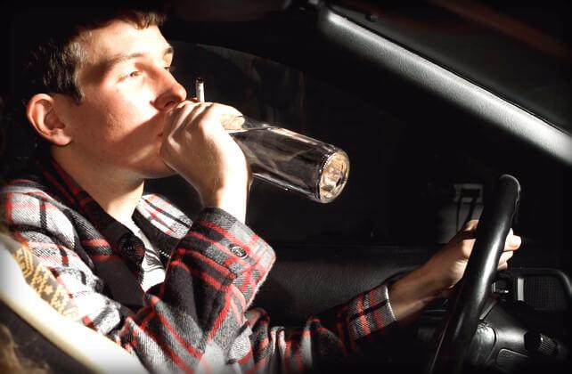 Лишение прав за алкогольное опьянение и употребление алкоголя за рулем