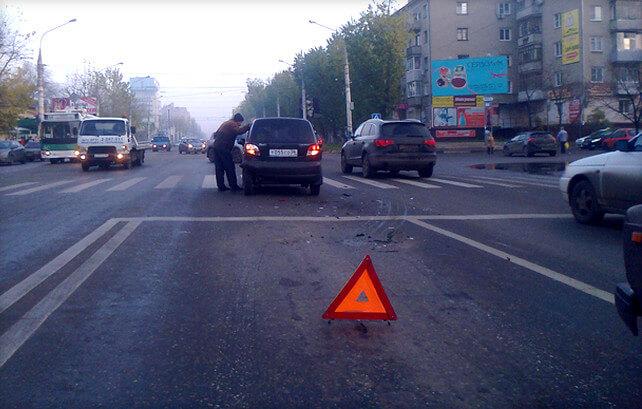Автомобиль скрылся с места ДТП, что делать и куда обращаться за помощью