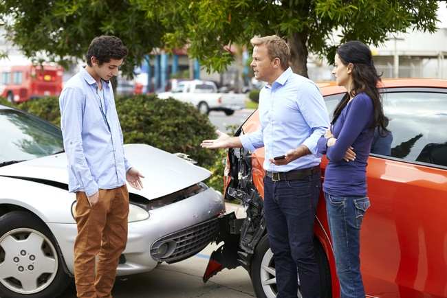 Особенности оформления ДТП при обоюдной вине – как компенсируется ущерб автомобилю, и в каком размере, как подтвердить и доказать свою невиновность