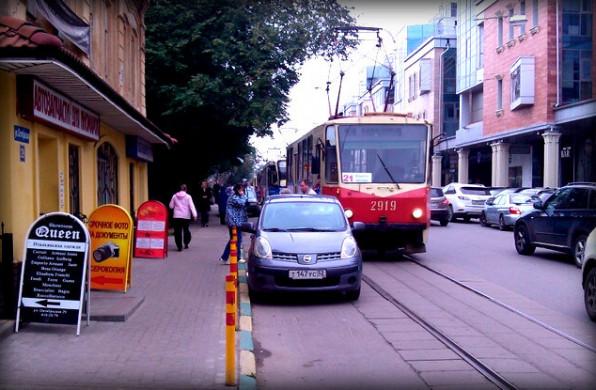 Штраф за парковку на трамвайных путяхч. 3.2 ст. 12.19 КоАП РФ