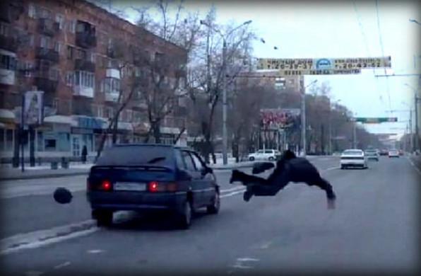 Водитель совершил наезд на пешехода, что будет