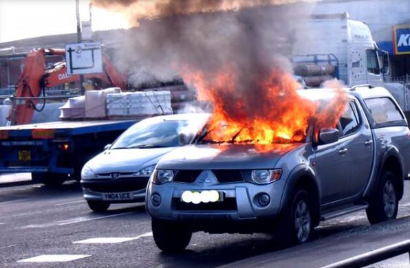 Если машина сгорела на стоянке, кто несет ответственность и возмещает ущерб за сгоревший автомобиль